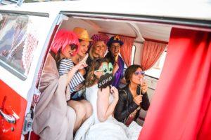 Selfiebus-photo-booth-matrimonio-evento-aziendale-festa-furgoncino-fotografico-photobooth